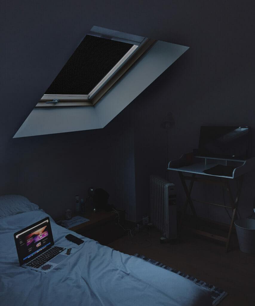 Verdunklungsstoff 100% blackout dachfenster schwarz